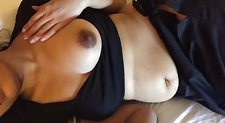 Indian Cute Saree Dubai Aunt Sucking And Shaking Dick 2 Videos   HD Photos  Part 1 - Wowmoyback