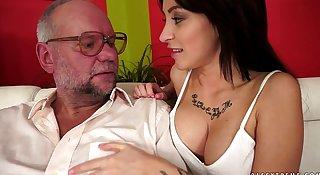 Sandra Luberc takes a veteran cock